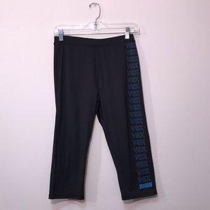 VSX Victoria's Secret Sport Black Capri Leggings M
